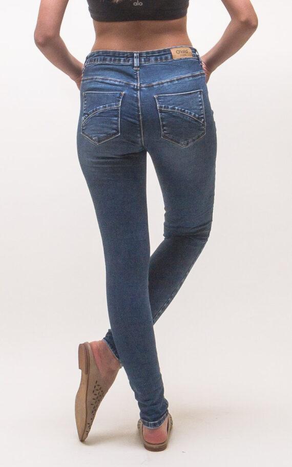 דין ג'ינס כחול מאחור